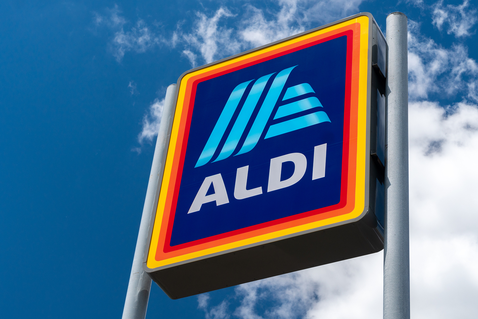 Shopping at Aldi is a good decision or not?